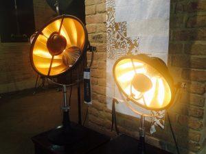 Venetia Studium: Fortuny Lampen einkaufen in Venedig
