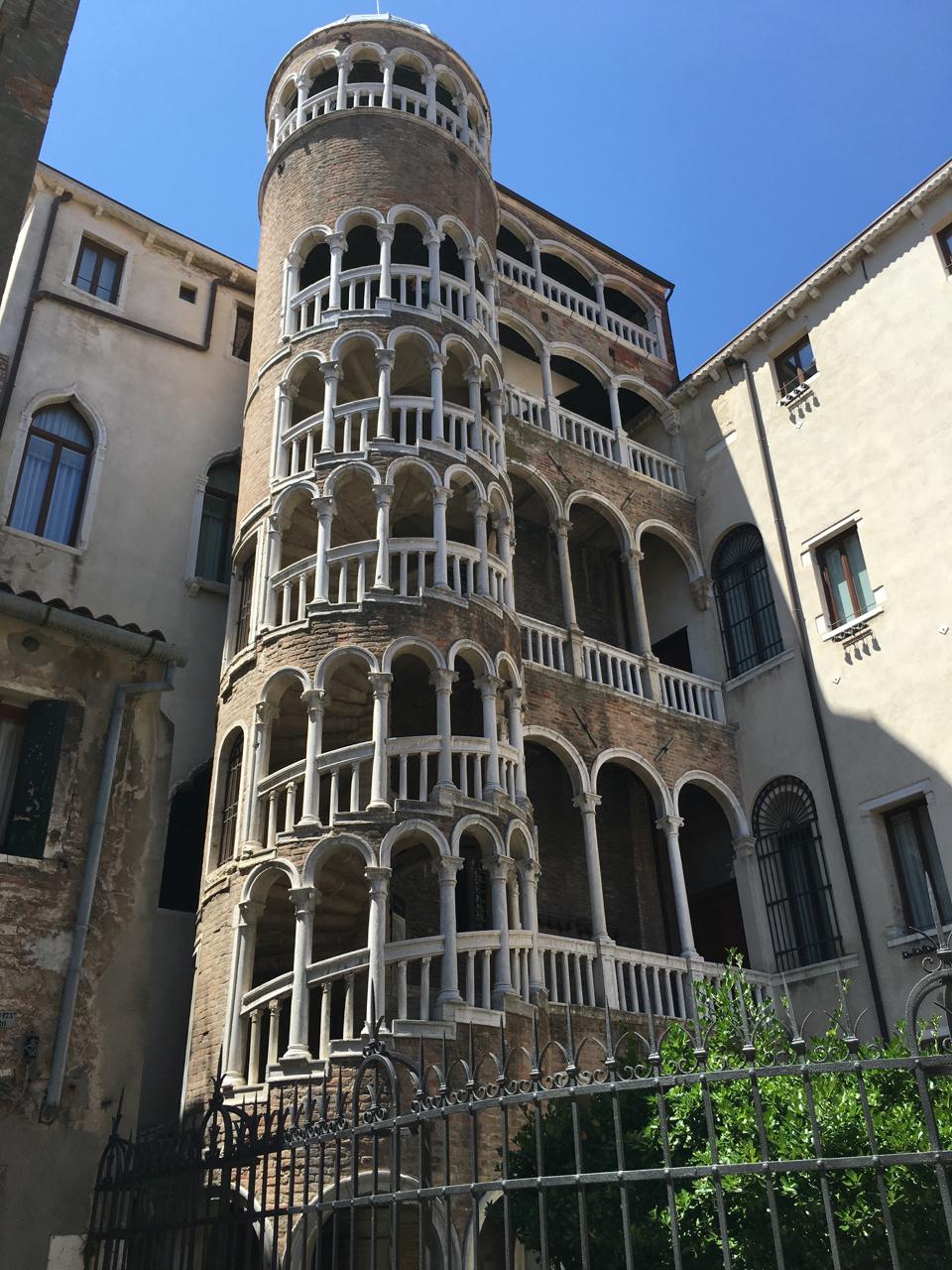 Geheimtipps für Venedig Scala Contarini del Bovolo Schneckenhaus