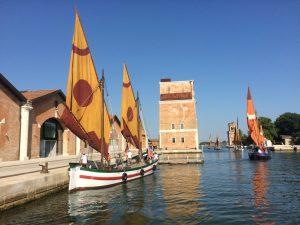 Veranstaltungen in Venedig Redentore Rest bunte Schiffe